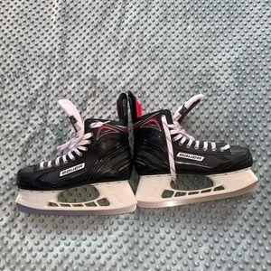 Bauer Vapor X300 Ice Hockey Skates